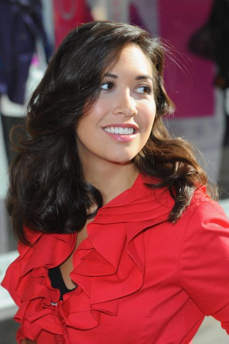 Myleene Klass - Photocall As The Face Of ''M&S TV'' In London - Aug 19, 2010