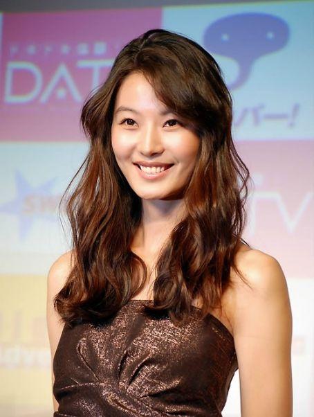 Yoon So Yi - Photo Gallery