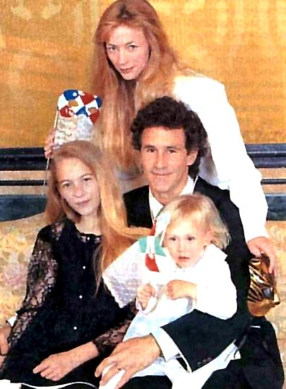 Michael Ontkean  and Jamie Smith-Jackson and Kids