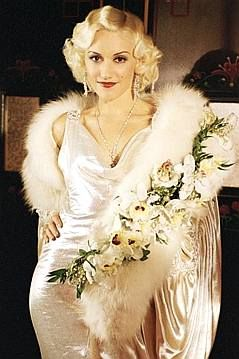 Gwen Stefani as Jean Harlow in The Aviator (2004)