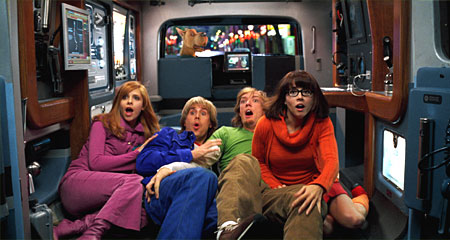 Daphne Sarah Michelle Gellar, Freddie Prinze Jr., Matthew Lillard and Linda Cardellini in Scooby-Doo 2: Monsters Unleashed - 2004