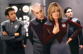 Gwen DeMarco Tim Allen, Alan Rickman and Sigourney Weaver with a Thermian in Dreamworks' Galaxy Quest - 12/99