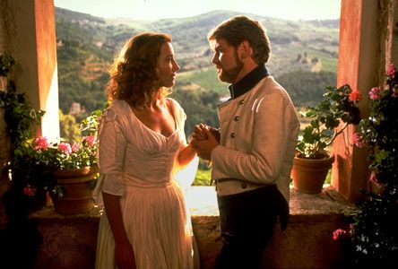 Kenneth Branagh  and Emma Thompson in Much Ado About Nothing (1993)