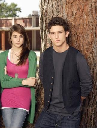 The Secret Life of the American Teenager Shailene Woodley and Daren Kagasoff