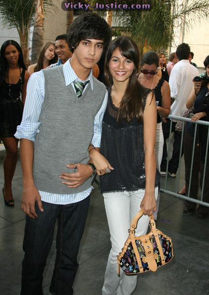 Victoria Justice  and Avan Jogia