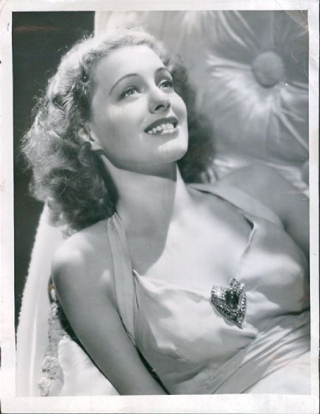 Ellen Drew portrait