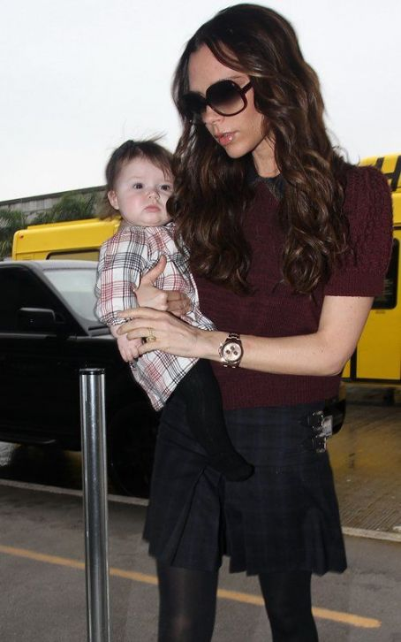 Victoria Beckham & Harper's Fashionable Travels