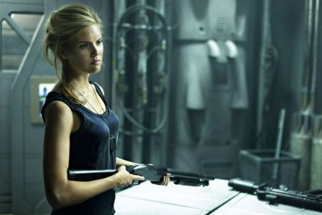 Maggie Grace - Lockout