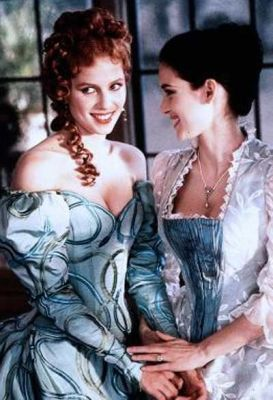 Dracula Winona Ryder As Mina And Sadie Frost As Lucy In Bram Stocker´s  (1992).