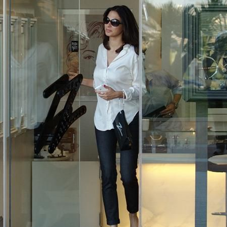 Moran Atias - buying some blin bling - Tel Aviv 03/2011