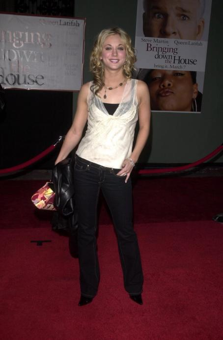 Kaley Cuoco - Premiere Of 'Bringing Down The House' At The El Capitan Theater On March 2, 2003 In Hollywood, California