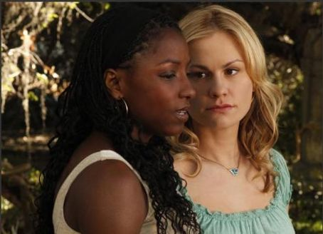 Anna Paquin as Sookie Stackhouse and Rutina Wesley as Tara Thornton in the Third Season of True Blood (2010)