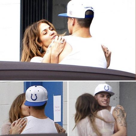 Jennifer Lopez and Casper Smart's Passionate Post-Rehearsal Embrace