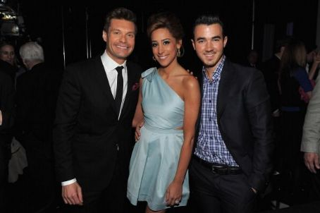Ryan Seacrest - The Jonas Brothers attended E! 2012 Upfront at NYC Gotham Hall yesterday, April 30, in New York City in promotion of their new show, Married to Jonas