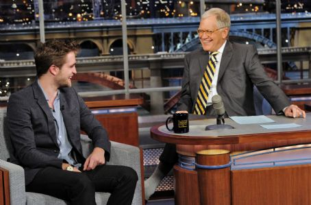 Robert Pattinson Visits The Late Show with David Letterman November 8, 2011