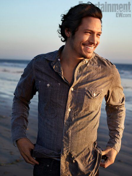 Revenge Nick Wechsler - Entertainment Weekly Magazine Pictorial [United States] (27 January 2012)