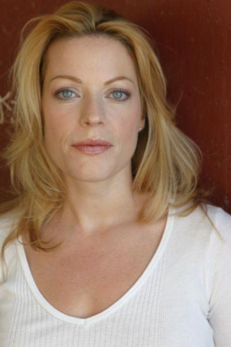 Renee Scott - Actress Wallpapers