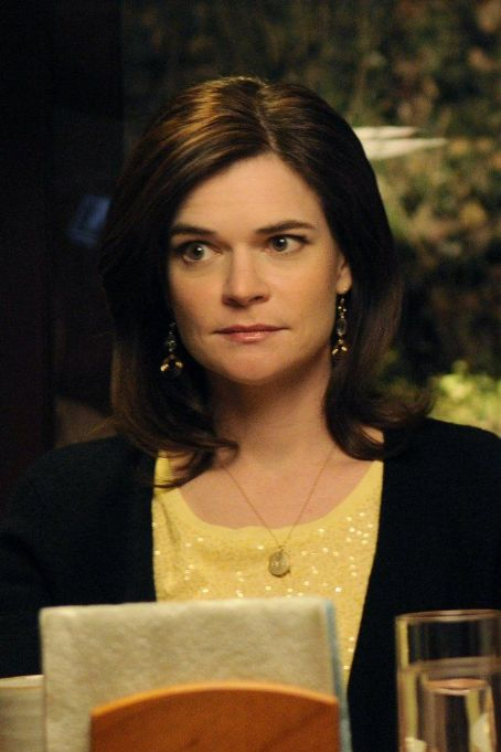 Betsy Brandt Breaking Bad (2008)
