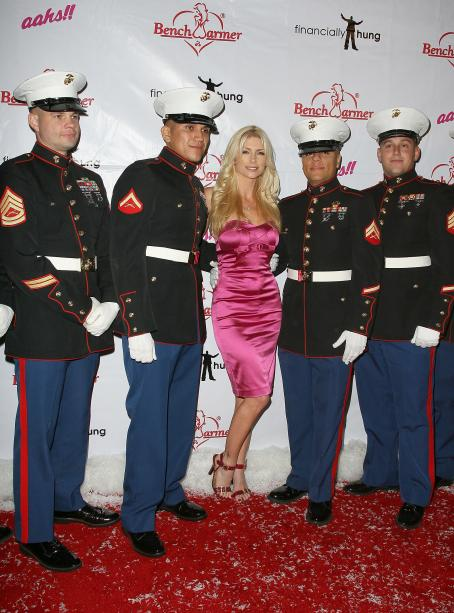 Brande Roderick - Bench Warmer Trading Cards Toy Drive In Hollywood, 09.12.2008.