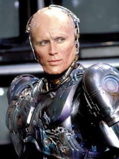 Peter Weller  in Robocop (1987)