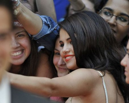 Selena Gomez arrives at the 2012 MuchMusic Video Awards at MuchMusic HQ on June 17, 2012 in Toronto, Canada