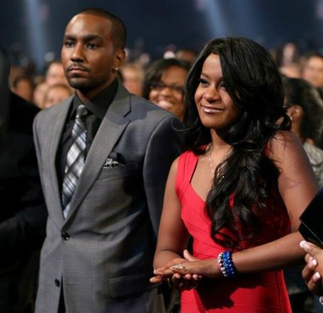 Bobbi Kristina Brown crashes car, drops relationship hints