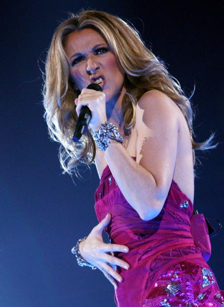 Céline Dion - Celine Dion Performs At DatchForum In Milan, Italy, 2008-07-03