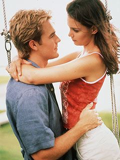 Dawson's Creek James Van Der Beek As Dawson Leary And Katie Holmes As Joey Potter In Dawson's Creek (1999)