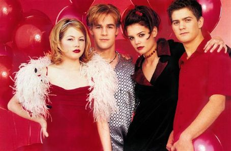 Dawson's Creek Joshua Jackson, Katie Holmes, James Van Der Beek And Michelle Williams In Dawson's Creek (1998)