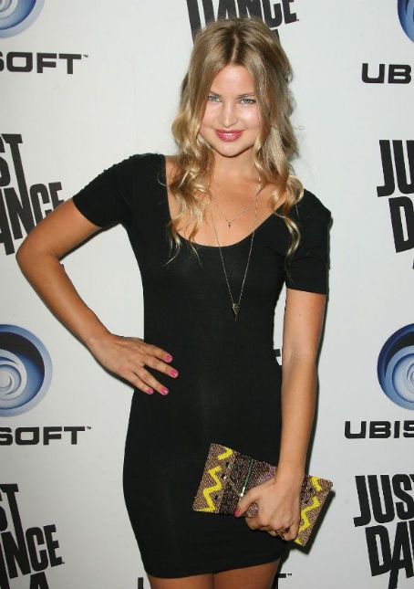 Jennifer Akerman