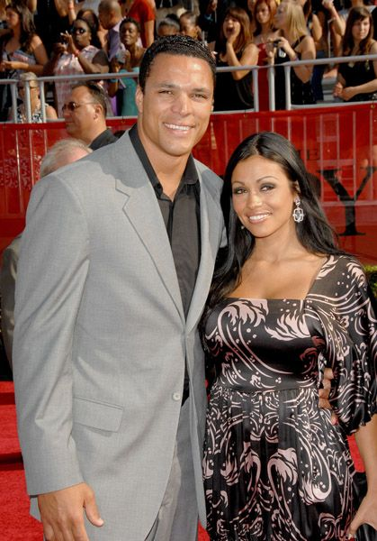 Tony Gonzalez Tony and October Gonzalez
