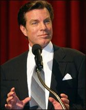 Peter Bergman  accepting award
