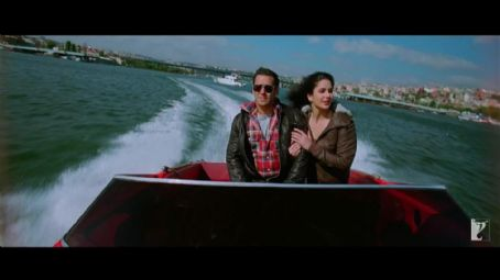 Salman Khan and Katrina Kaif new Ek Tha Tiger 2012 screen shots