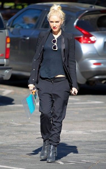 Gwen Stefani: attends a meeting in Beverly Hills