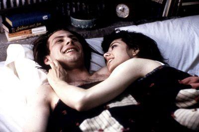Caroline Christian Slater and Marisa Tomei in Untamed Heart (1993)