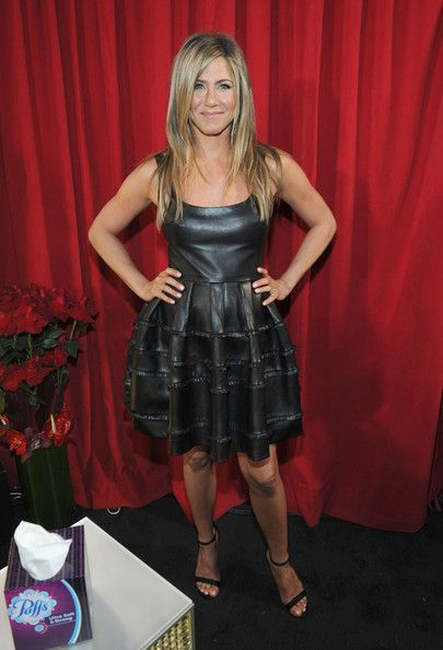 Jennifer Aniston: attends the 39th Annual People's Choice Awards at Nokia Theatre L.A. Live