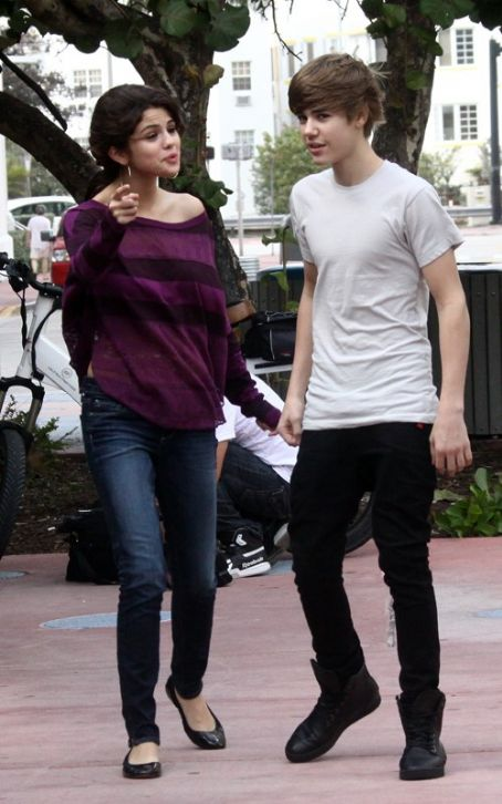 Justin Bieber and Selena Gomez  were side-by-side in Miami Beach, Florida on Saturday morning (December 18)