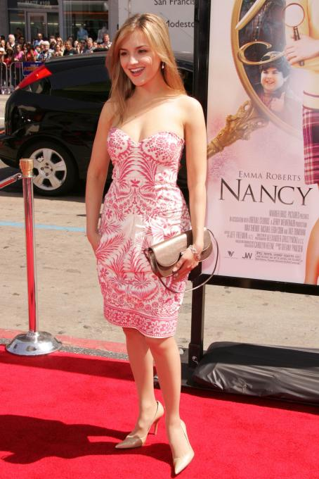 "Rachael Cook - ""Nancy Drew"" Premiere In Hollywood"
