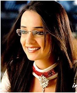 Sanaya Irani  In Miley Jab Hum Tum