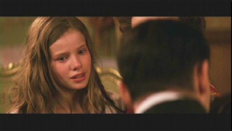 Wendy Darling Rachel Hurd Wood as  in Universal Pictures' Peter Pan directed by P.J. Hogan - 2003