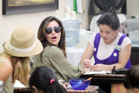 Kim Kardashian treats herself to a manicure in Los Angeles