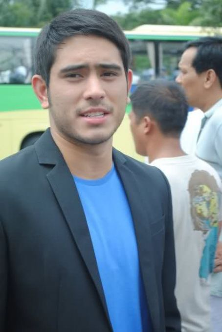 Gerald Anderson - Catch Me... I'm in Love (2011)