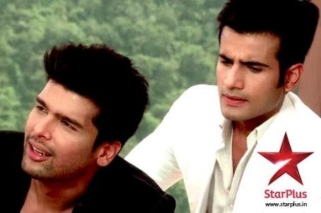Kushal Tandon The Vadhera boys (Viren and Virat) in Ek Hazaaron Mein Meri Behna Hai Pictures