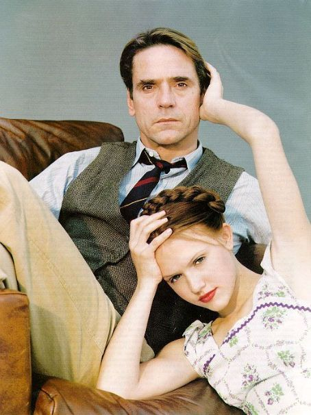 Lolita Jeremy Irons and Dominique Swain in  (1997)