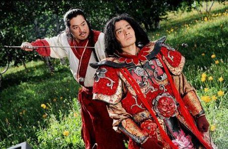 Dong-gun Jang Hiroyuki Sanada as General Guangming and Dong-Kun Jang as Kunlun in Action movie Wu ji - 2006