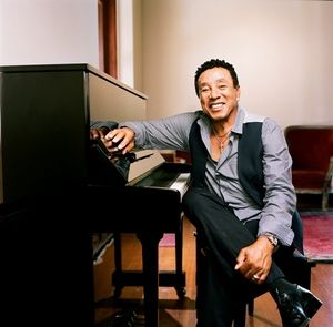 """Cruisin'"" with Jesse J & Smokey Robinson, Plus Chatting with Kandace Springs, Steve Arrington and AJ Croce"