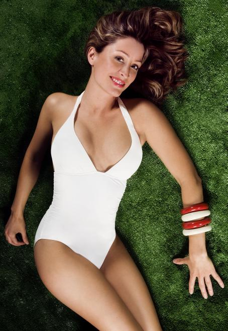 Rebecca Loos - Swimsuit Photoshoot
