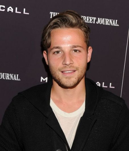 Shawn Pyfrom Net Worth, Bio 2016 - Richest Celebrities Wiki