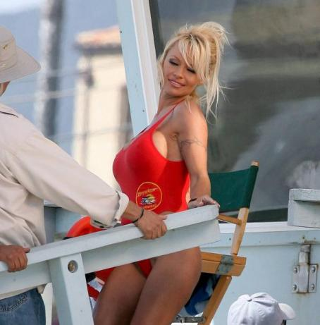 Pamela Anderson - Baywatch Photos