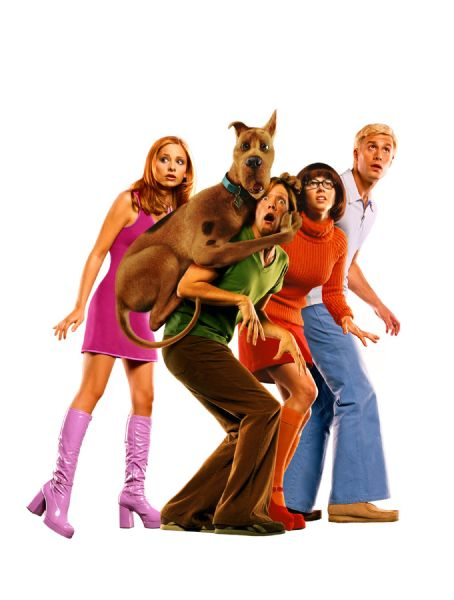 Velma Sarah Michelle Gellar as Daphne, Matthew Lillard as Shaggy, Linda Cardellini as  and Freddie Prinze Jr. as Fred in Warner Brothers' Scooby Doo - 2002